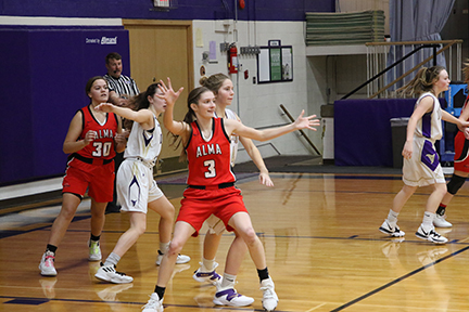Lady Cardinals Lose to Franklin Flyers