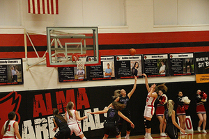 Lady Cardinals Lose RPAC Quarter Final Game